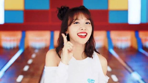 44 Nayeon