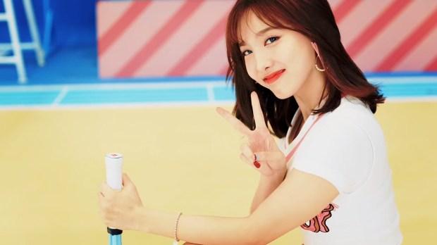 53 Nayeon